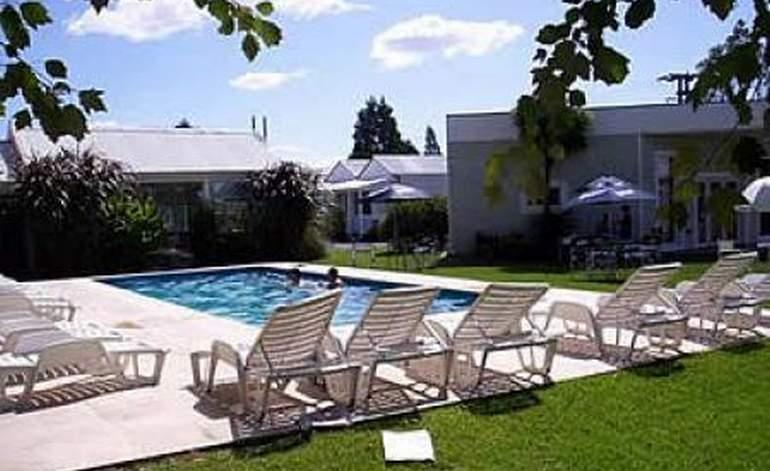 Hotel el paso y spa buenos aires hoteles argentina for 4 estrellas salon kenosha wi