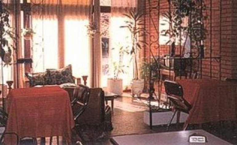 Hotel El Trebol - Mar de ajo / Buenos aires