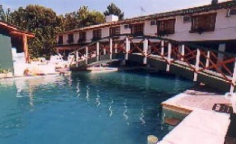 Hoteles 3 Estrellas Hotel La Fontaine - Lucila del mar / Buenos aires