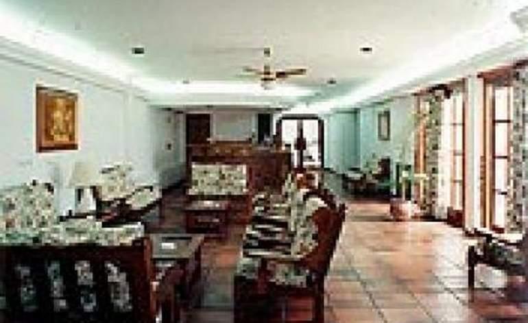 Hoteles 3 Estrellas Hotel La Maison - Lucila del mar / Buenos aires