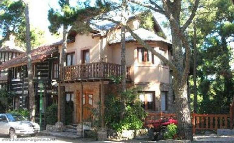 Altos De La Villa - Cabanas / Carilo