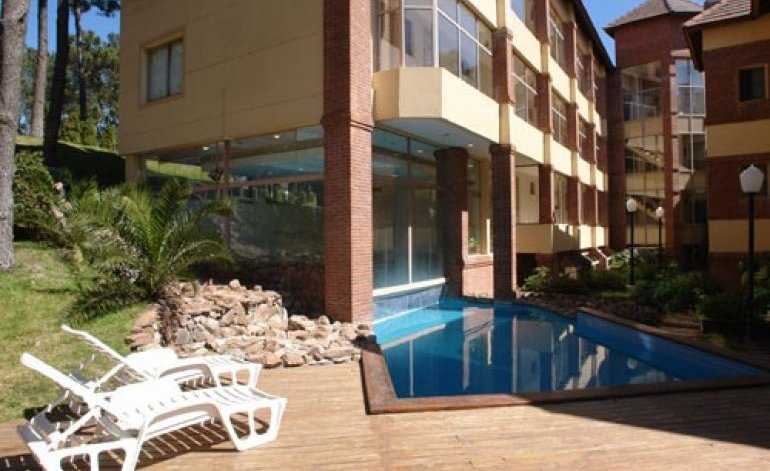 Carilo Palace - Apart hoteles 3 estrellas / Carilo