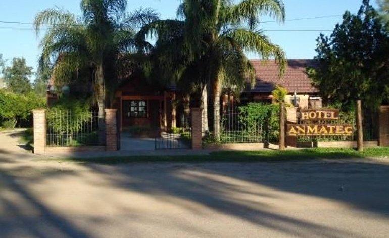 Hoteles 1 Estrella Anmatec - Pampa del indio / Chaco