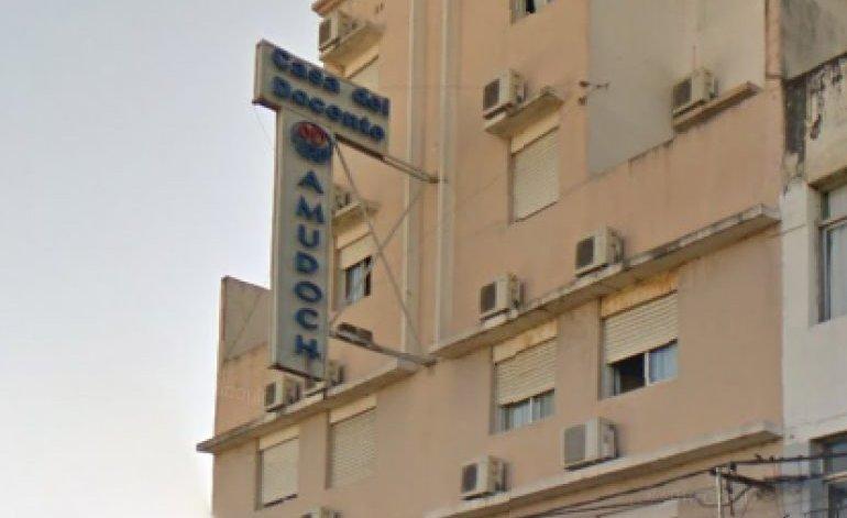 Casa Del Docente Resistencia Ii - Hotel gremial / Chaco