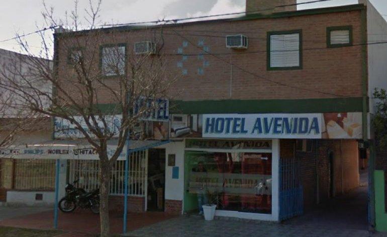 Hotel Avenida - Presidencia roque saenz pena / Chaco