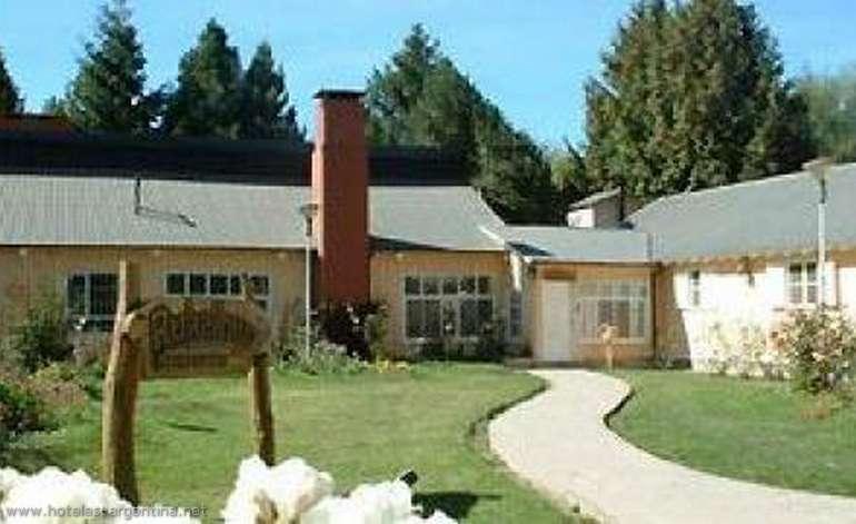 Hostel Albuergue Rukalhue Albergue