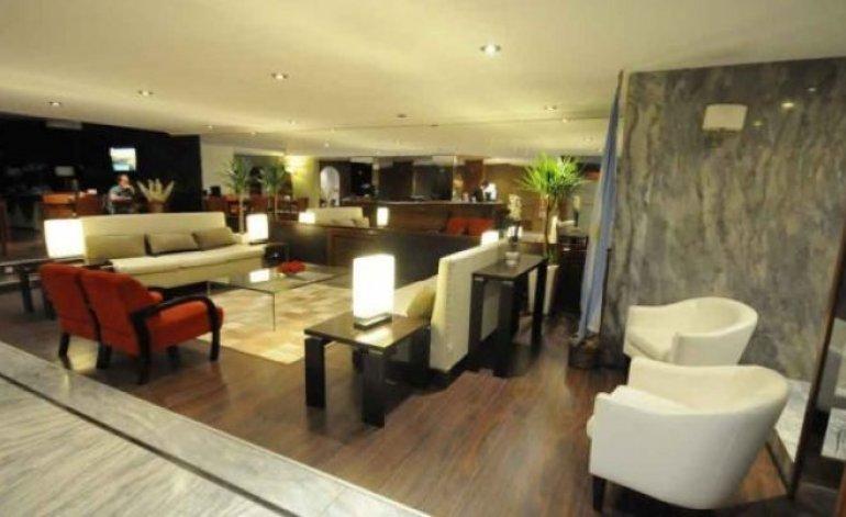 Republica - Hoteles 4 estrellas / Cordoba