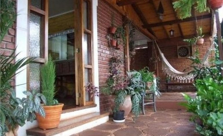Guayra Guest House - Bed and breakfast / Cataratas del iguazu