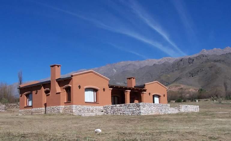Moteles Y Albergues Las Quenuas - San jose de chasquivil / Tucuman
