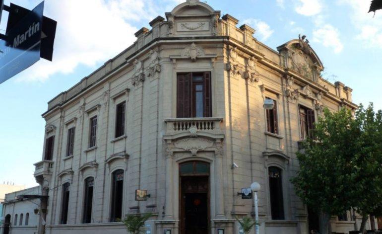 Hoteles 3 Estrellas El Banco - Victoria / Entre rios