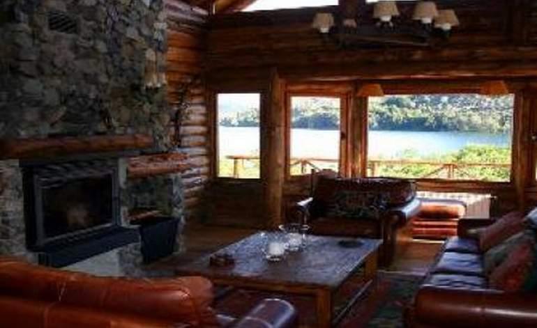 Lodges De Pesca Laguna Larga - Esquel / Esquel