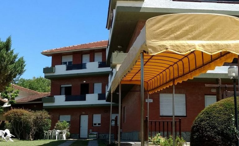 Andreas - Apart hotel / Villa gesell