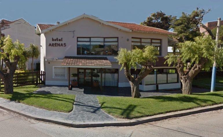 Arenas - Hotel gremial / Villa gesell