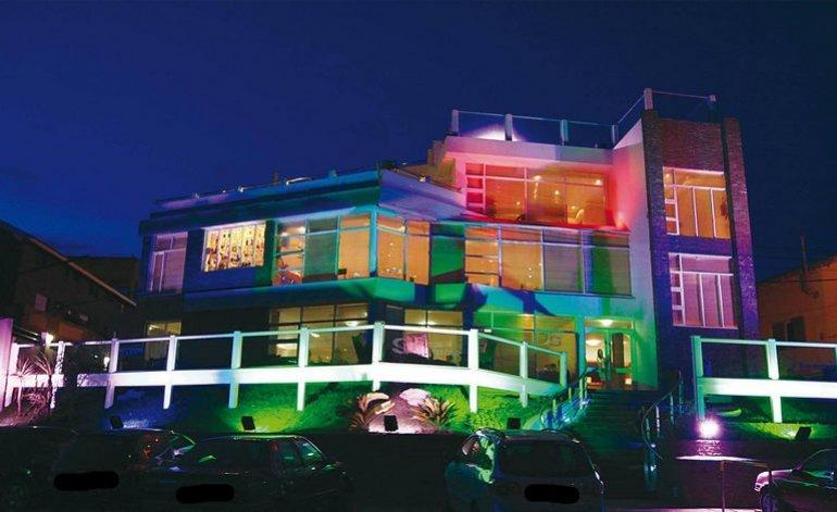 Argentina Justa - Hotel gremial / Villa gesell