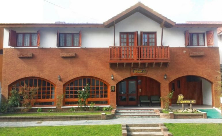Bamba - Hoteles 2 estrellas / Villa gesell