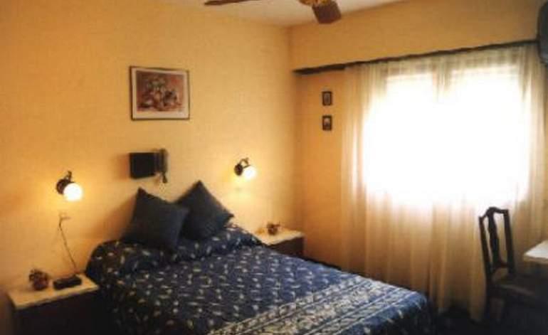 Gran Chalet - Hosterias / Villa gesell