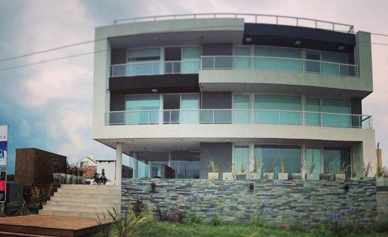 Eighteen - Apart hotel / Villa gesell