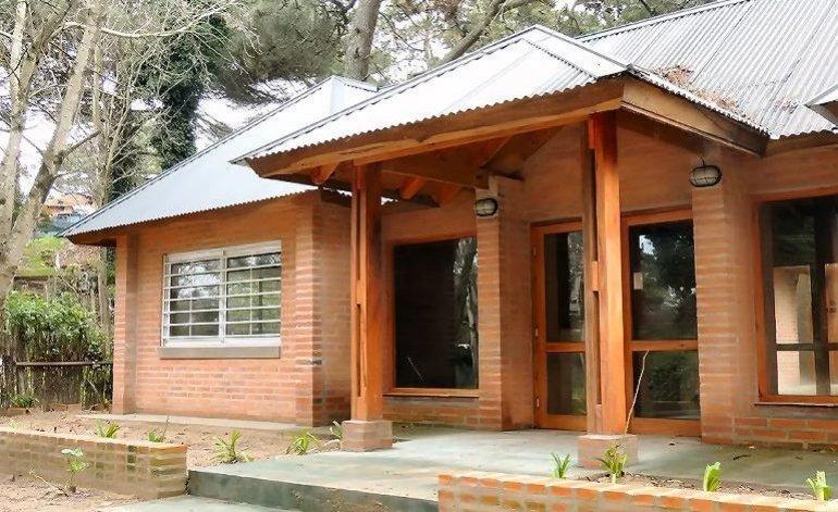La Gran 7 - Hostel / Villa gesell