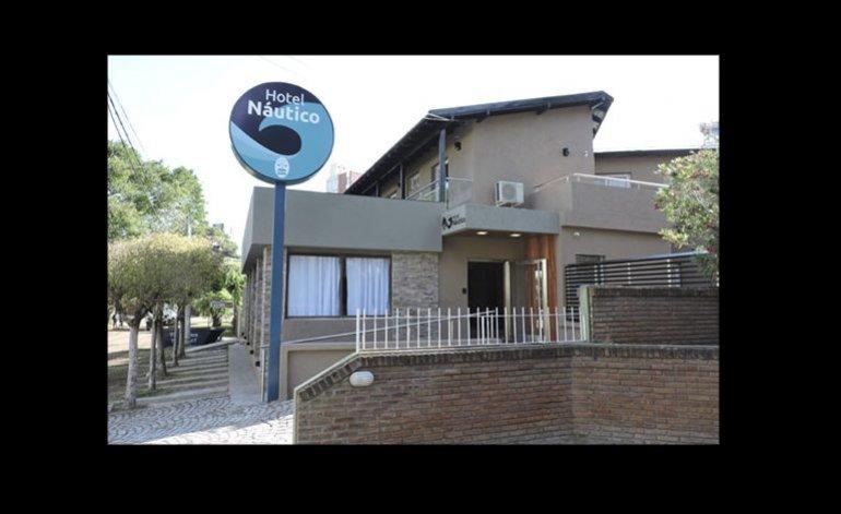 Nautico - Hotel gremial / Villa gesell