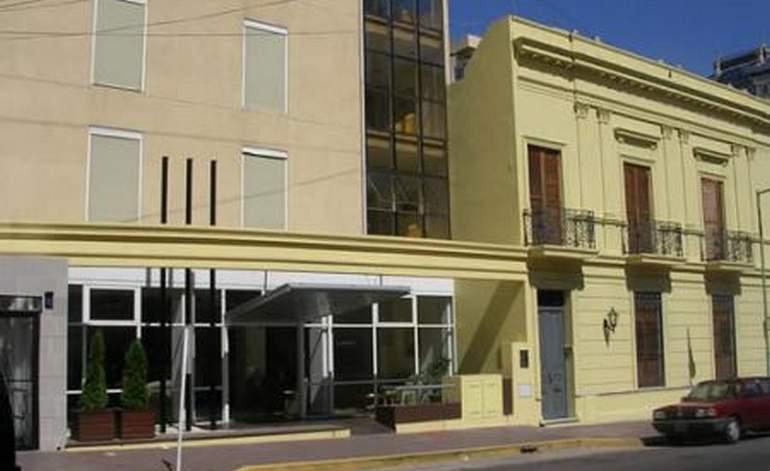 Hotel Del Sol - Hoteles 3 estrellas / La plata