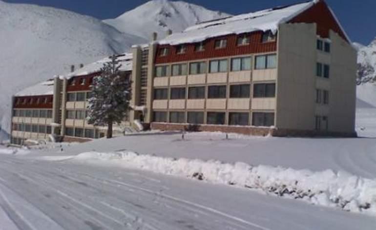 Edificio Cirrus - Apart hoteles  / Las leñas