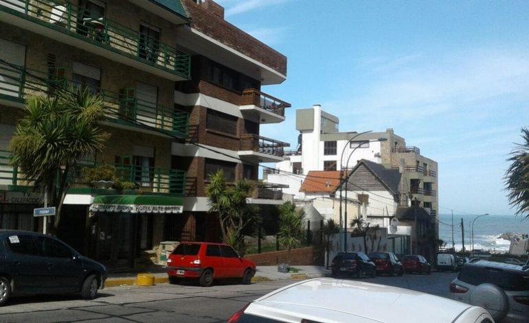 Hotel Almirante Brown