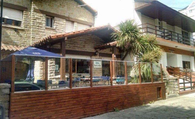 Hostel Del Mar - Hostels / Mar del plata