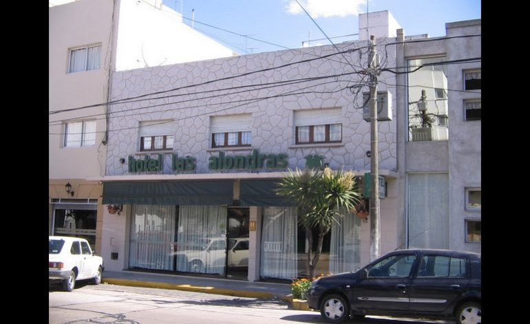 Hotel Las Alondras - Guemes / Mar del plata