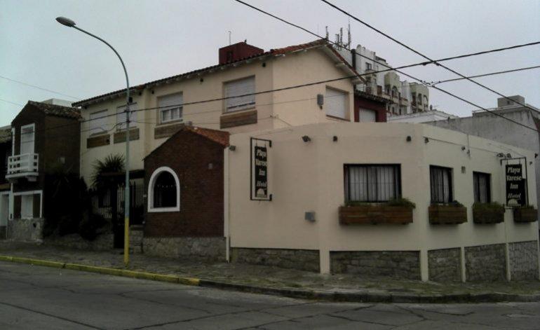 Hostería Playa Varese Inn