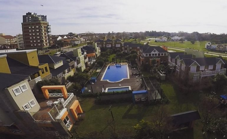 Refugio De Mar - Cabanas / Miramar
