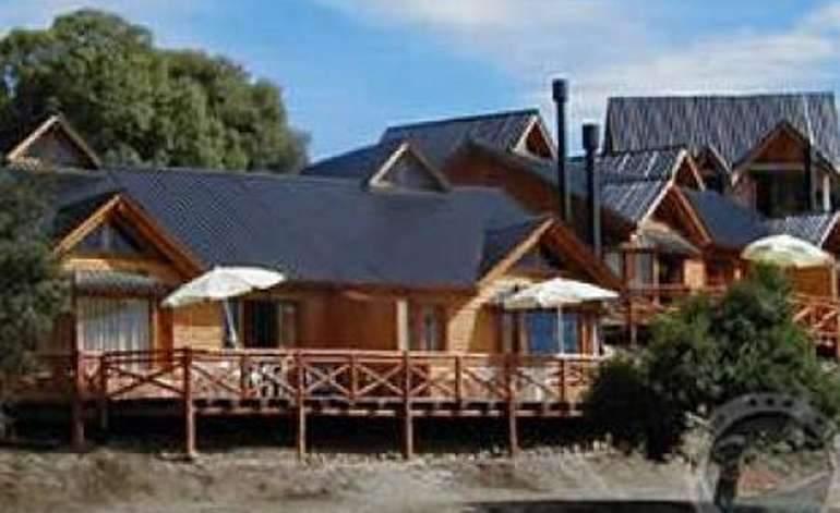 Cabañas Complejo Patagonia - Villa pehuenia / Neuquen