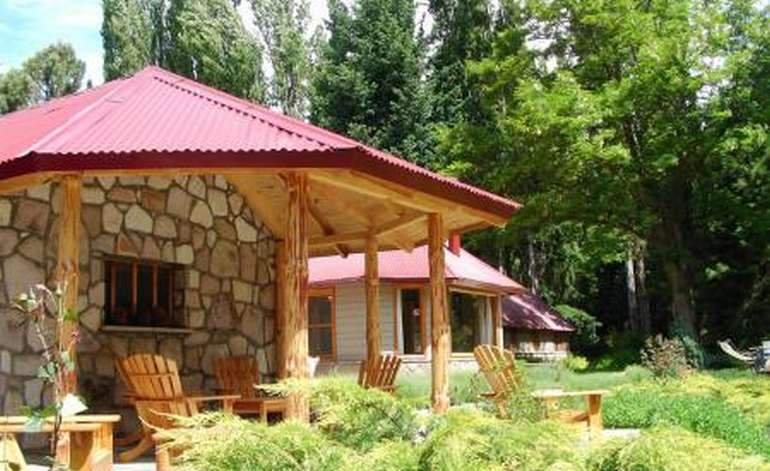 Lodges De Pesca Tipiliuke Lodge - Neuquen capital / Neuquen