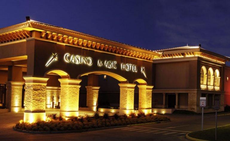 Casino Magic Hotel - Hoteles 5 estrellas / Neuquen