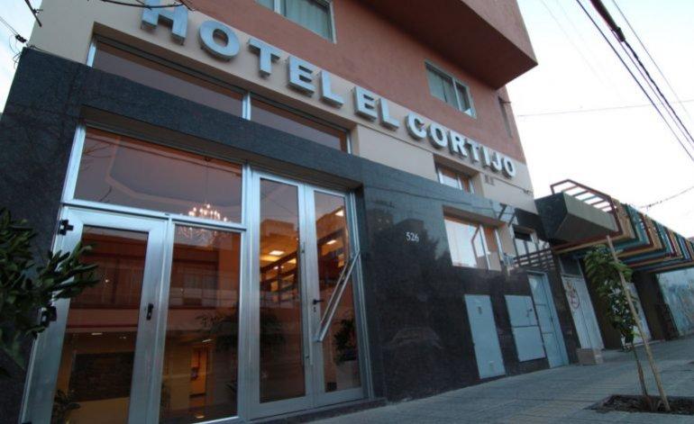 Hotel El Cortijo - Neuquen capital / Neuquen