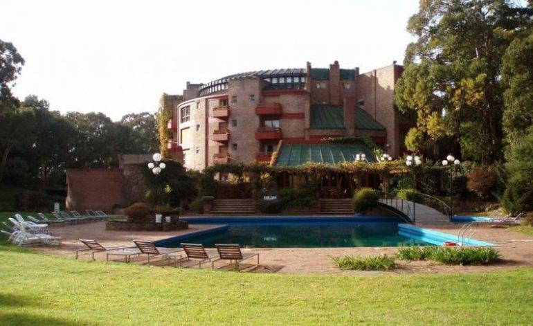 Del Bosque - Hoteles 4 estrellas / Pinamar