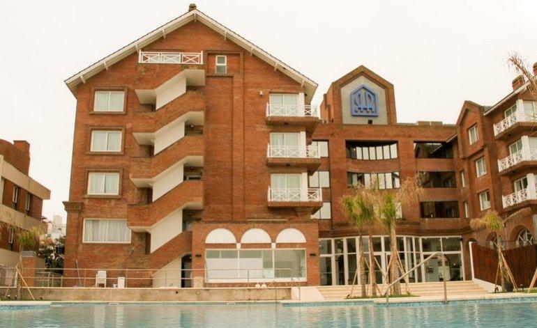 Reviens - Hoteles 4 estrellas / Pinamar
