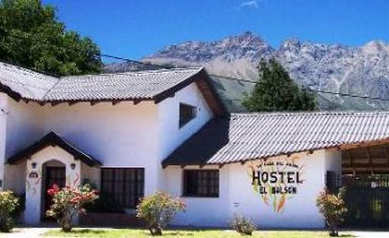 Albergues Hostel La Casa del arbol Hostel El Bolson