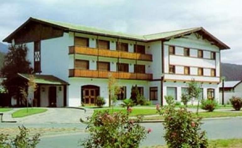 Hoteles 3 Estrellas Hotel Cordillera - El bolson villa lago puelo / Rio negro