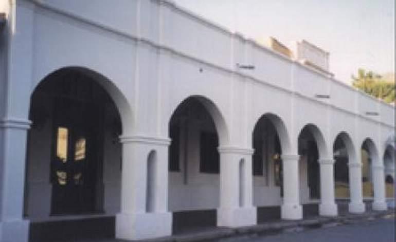 Hoteles 1 Estrella Briones - Cafayate / Salta