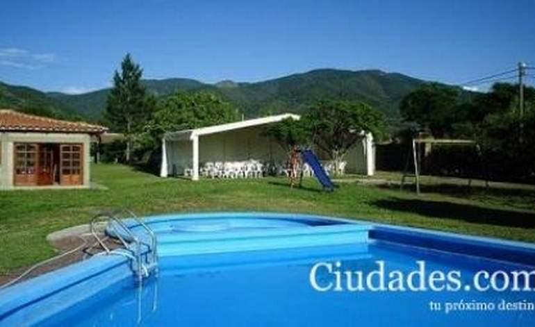 Hosteria Lomadas Casa De Campo - San lorenzo / Salta
