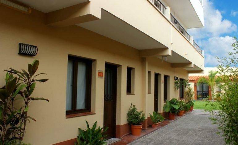 Hotel REF