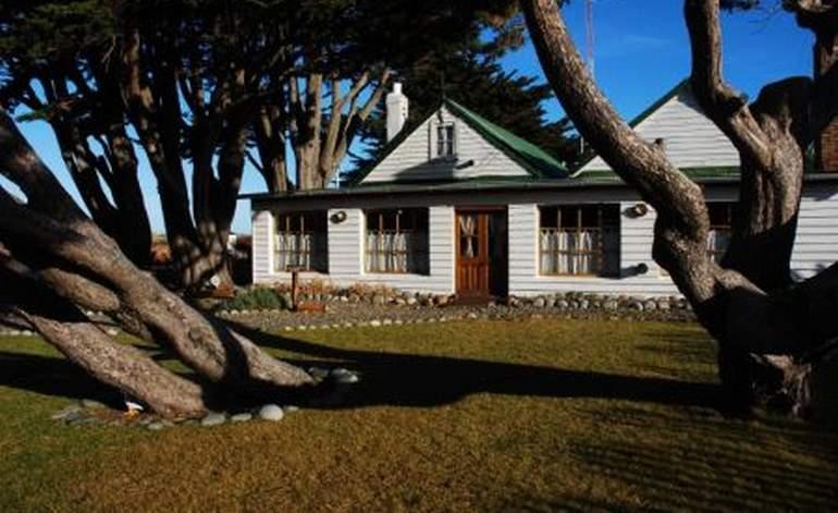 Alojamiento en estancias en santa cruz hoteles argentina for Alojamiento estancia 30m2