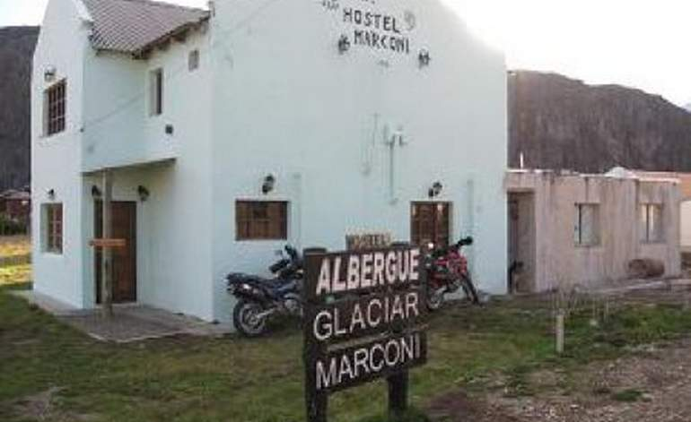 Glaciar Marconi - Albergues hostels / Santa cruz