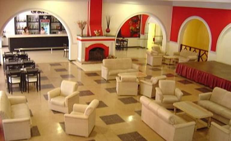 Hoteles 4 Estrellas Grand Hotel Principado - Santiago del estero capital / Santiago del estero