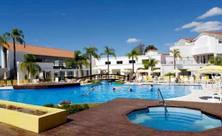 Hoteles 4 Estrellas Hotel Los Pinos Resort Y Spa Termal - Termas de rio hondo / Santiago del estero