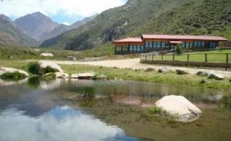 Complejos Turisticos Cabañas Ecos Del Valle - Tunuyan / Mendoza
