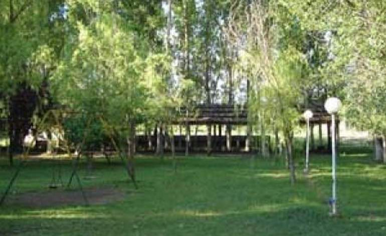 Complejo Turistico Los Alamos - Complejos turisticos / Mendoza
