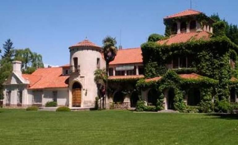 Estancias Estancia Chateau DAncon - Ciudad de mendoza / Mendoza