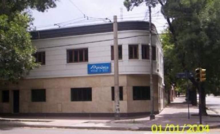 Hostel Mendoza Wine Y Sun - Ciudad de mendoza / Mendoza