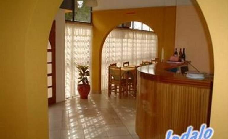 Hoteles 2 Estrellas Hotel Indalo - Guaymallen / Mendoza